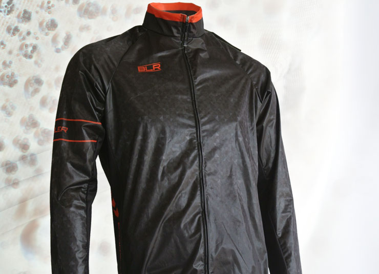 rain_jacket_detail3